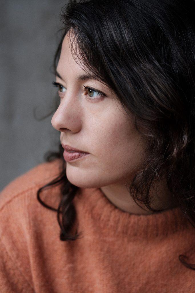 Författarporträtt av Anna Lindberg