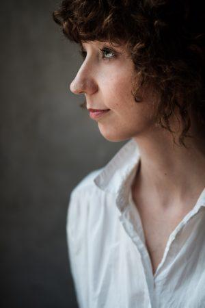Författarporträtt av Mia Axelsson